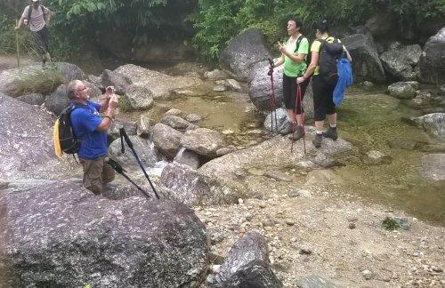 viet nam trekking