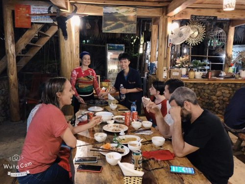 Enjoy the dinner at Homestay With Local family